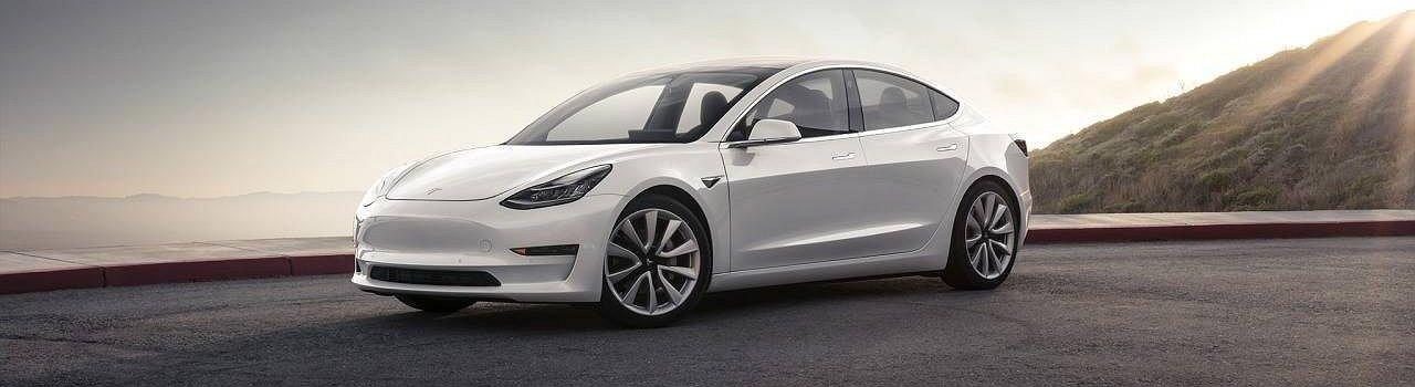 O Model 3 da Tesla nas estradas