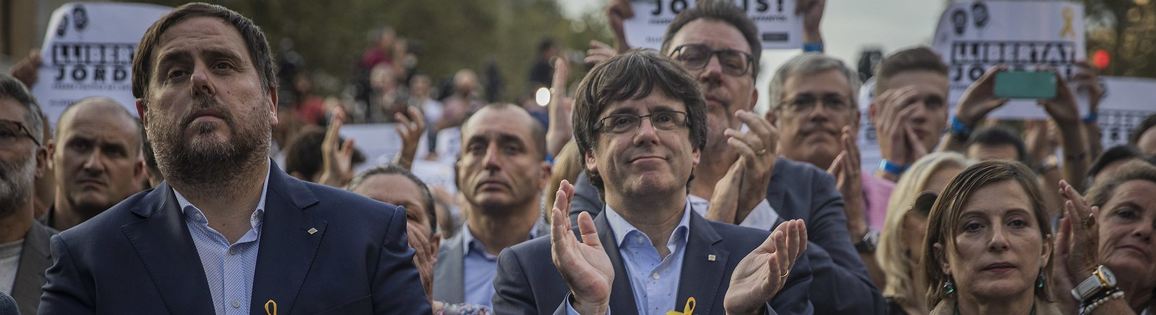 El Parlamento Catalán se reúne esta tarde y podría declarar la independencia