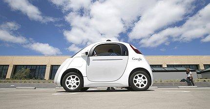 Google прекратил разработку беспилотного автомобиля