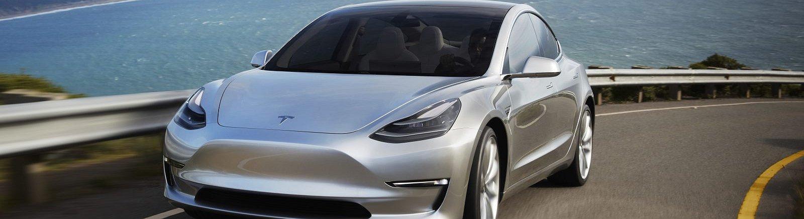 Tesla, oggi la presentazione ufficiale della Model 3