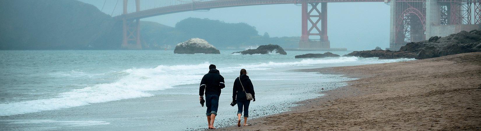 Cómo una pareja de inmigrantes ha comprado las calles de los políticos más ricos de California