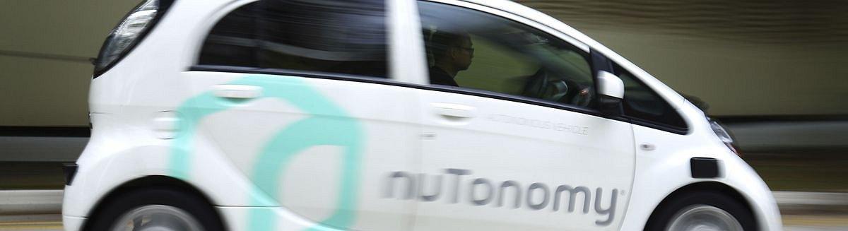 Singapur lässt die ersten fahrerlosen Taxis auf die Straßen.