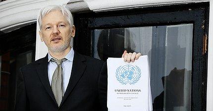 Прокуратура Швеции прекратила дело против Джулиана Ассанжа