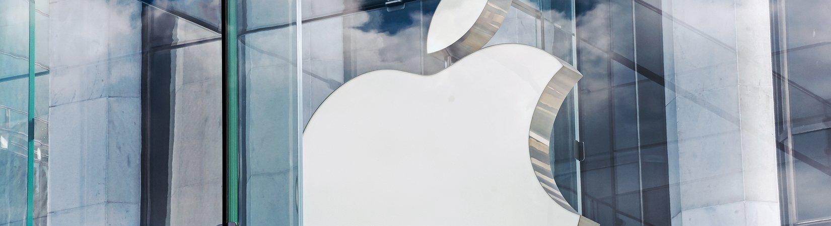 Apple supera gli 800 miliardi di valutazione