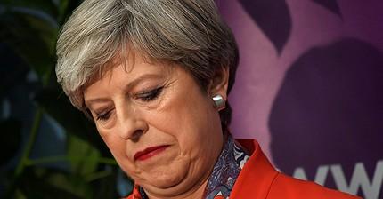 Партия Терезы Мэй потеряла большинство в парламенте Великобритании