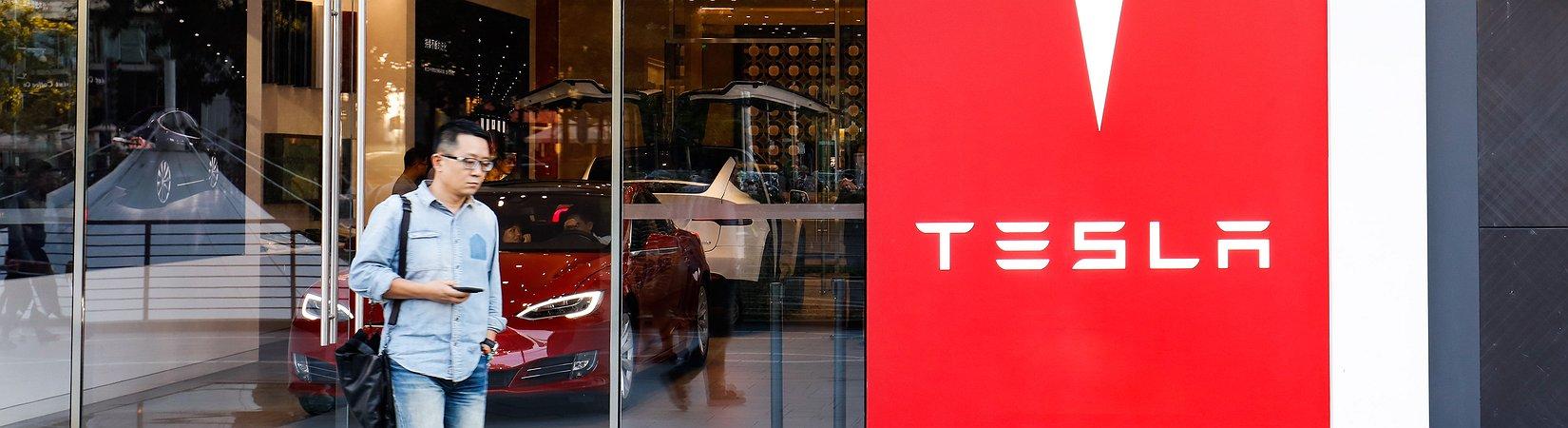 Tesla acuerda construir una planta en China