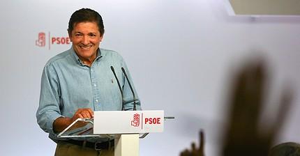 El PSOE aprueba la abstención ante Rajoy