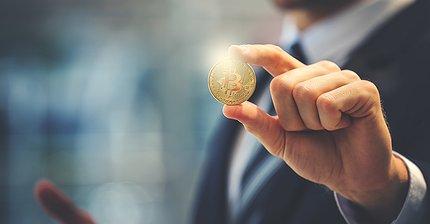 Как лучше всего зарабатывать, покупать и тратить биткоины и эфиры