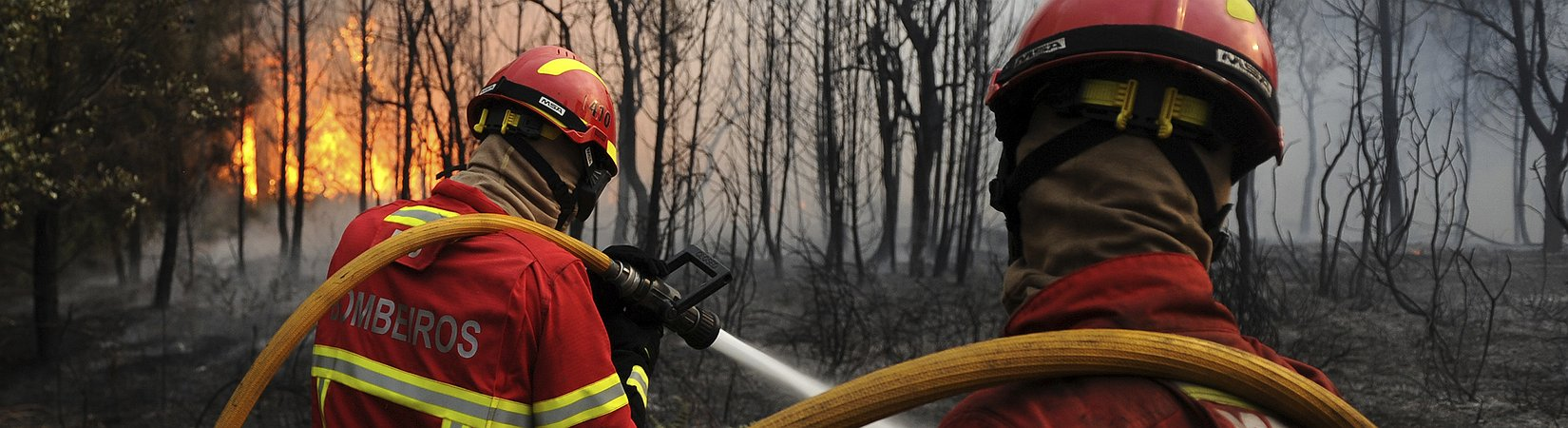 Chamas não dão tréguas aos bombeiros