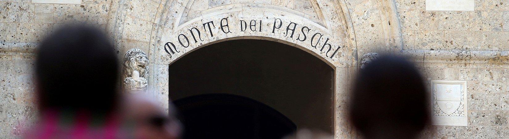 Italian banks slump as Renzi loses referendum vote. What next?