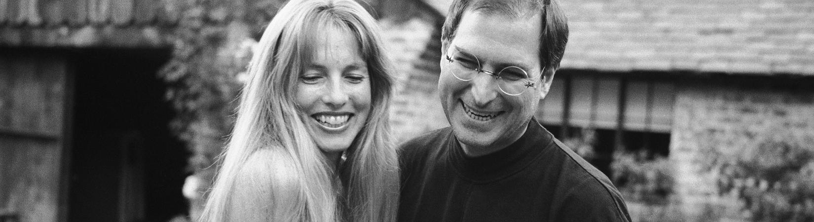 قصة لورين باول: كيف أصبحت زوجة ستيف جوبز مستثمرة ذات نفوذ