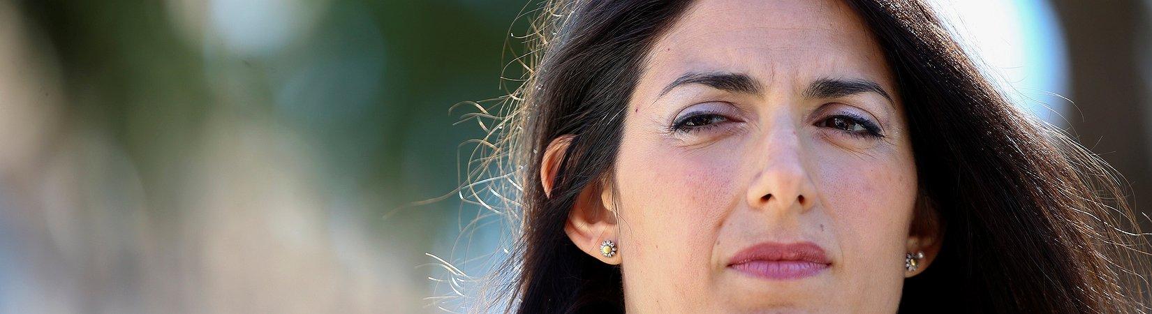 """Virginia Raggi: """"Limitare la presenza dei migranti a Roma"""""""