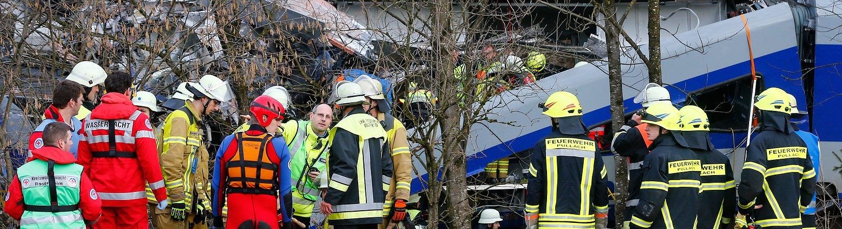 Mehrere Verletzte und Tote bei Bahnunglück in Bayern