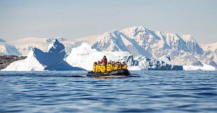 От Африки до Антарктиды: 8 путешествий для тех, кто хочет убежать от всего мира