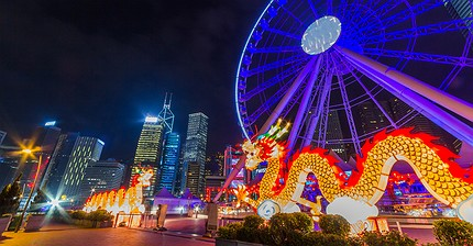 Богатейший человек Китая продает отели и парки развлечений за $9 млрд