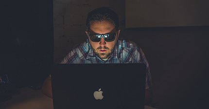 Хакеры, фишинг и кейлоггеры: Как защитить свою криптовалюту