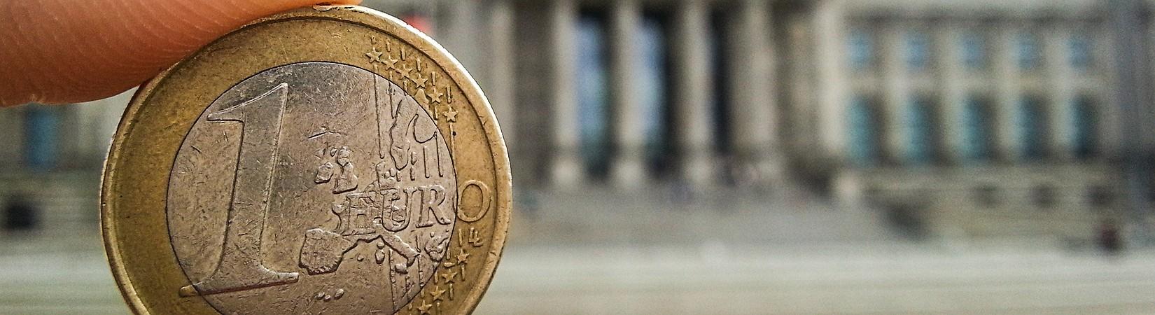 Eurozona, l'inflazione cresce a dicembre