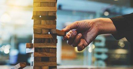 Что стоит за волатильностью биткоина