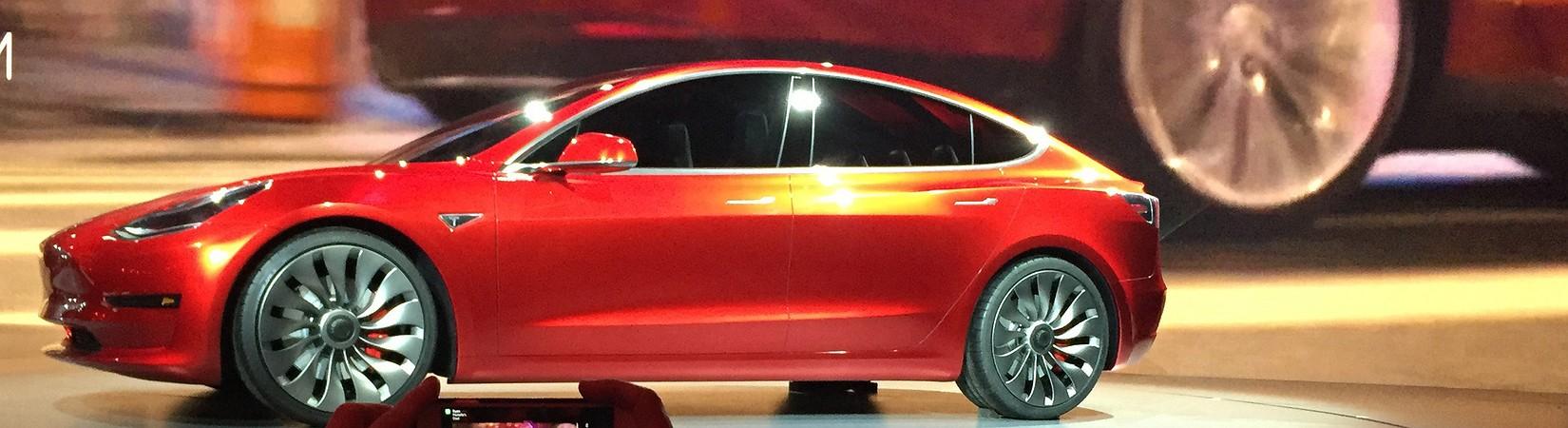 Миллиард за амбиции: Tesla увеличила убытки, но не растеряла доверие инвесторов