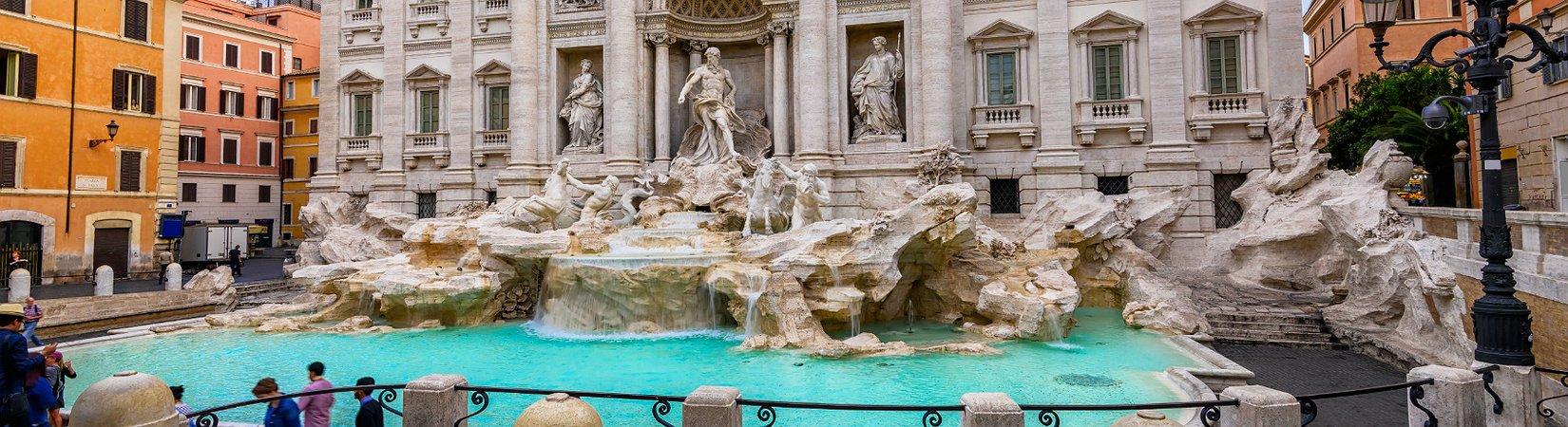 Сколько денег бросают в фонтан Треви, и кто их тратит