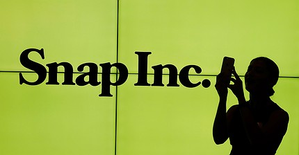 Snap shares plunge as it misses earnings expectations