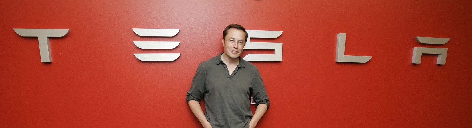 Elon Musk: la produzione della Tesla Model 3 inizia venerdì