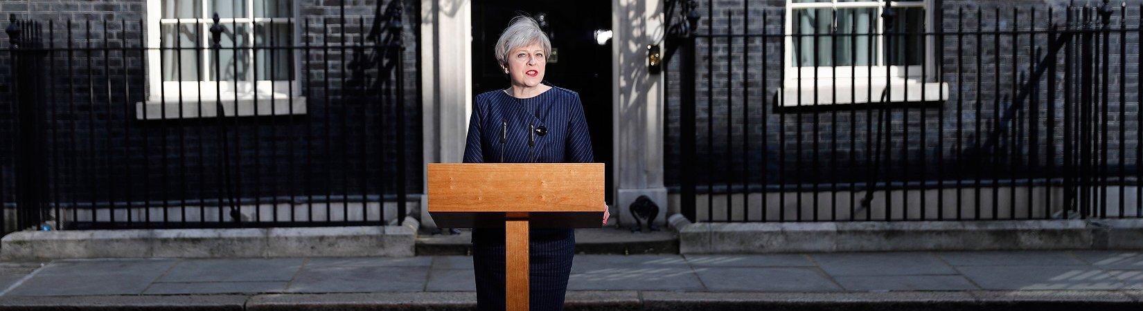 Премьер-министр Великобритании объявила дату досрочных парламентских выборов