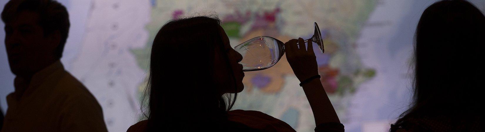 Como o vinho português ajudou a definir o conceito de comércio livre