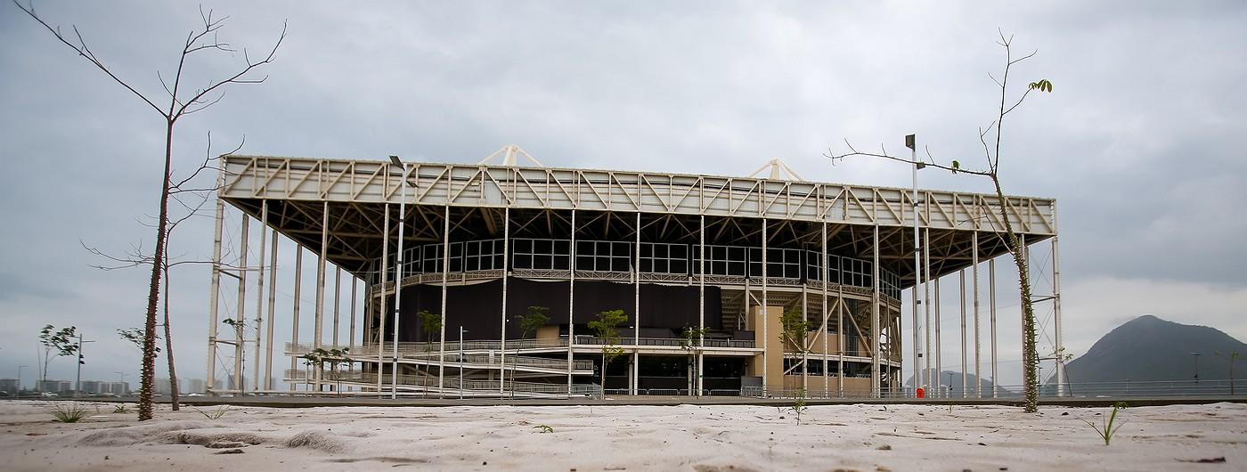 ФОТО: Что стало с Рио спустя год после Олимпиады