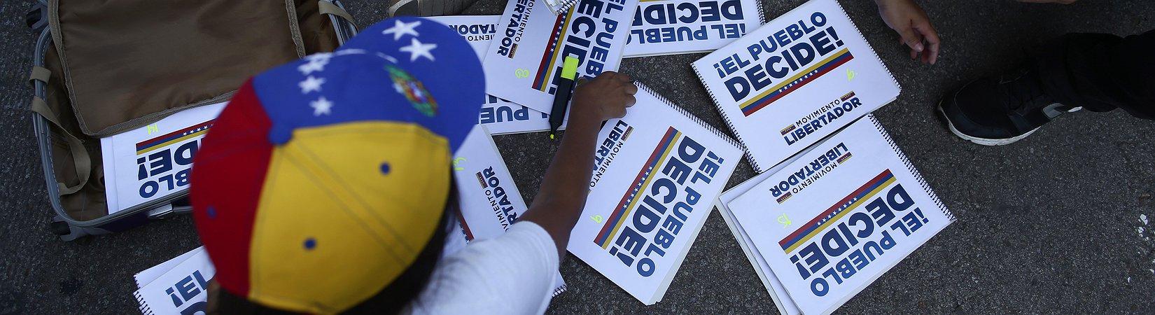 7 milioni di elettori contro Maduro alle consultazioni sulla riforma costituzionale in Venezuela