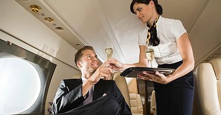 Reglas del hombre moderno para viajar en avión