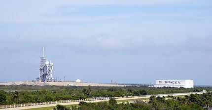 Маск анонсировал «захватывающий» запуск Falcon Heavy в январе 2018 года