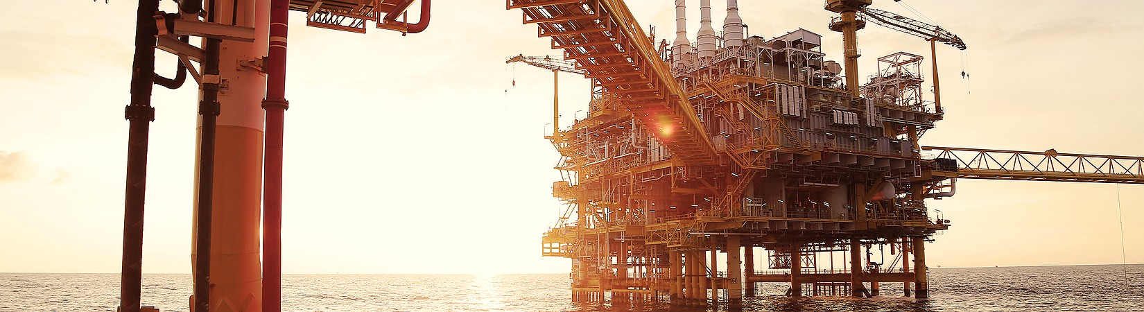 Libya's largest oil field production rebound drops oil prices