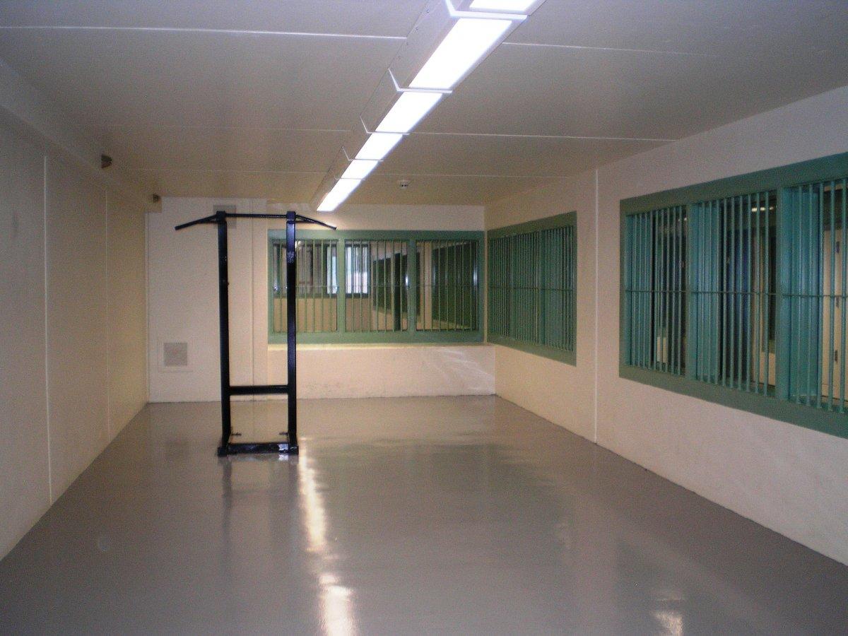 フローレンス 刑務所 adx 世界で最も安全な刑務所トップ10