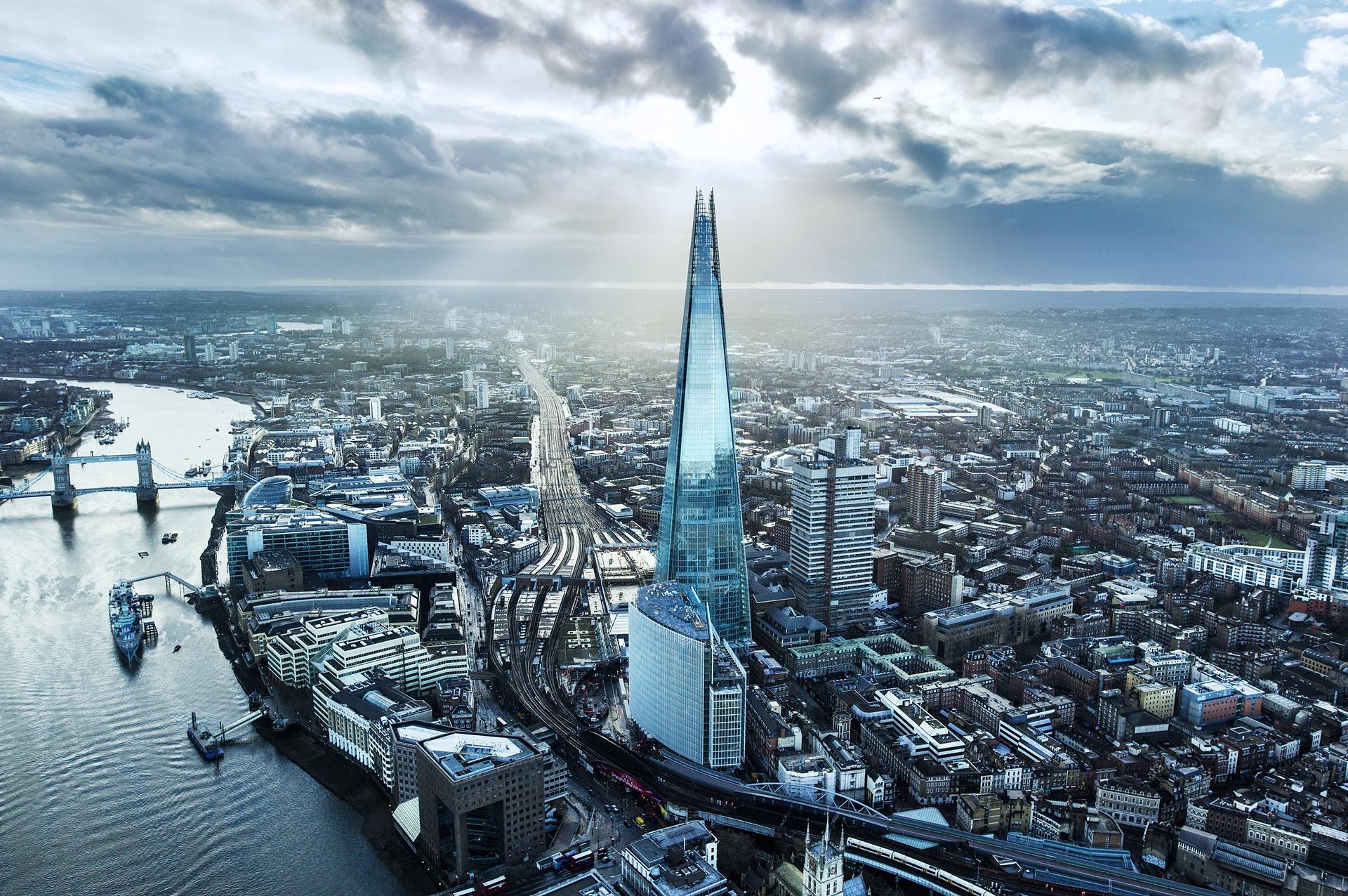 london britains tallest building - 1140×735