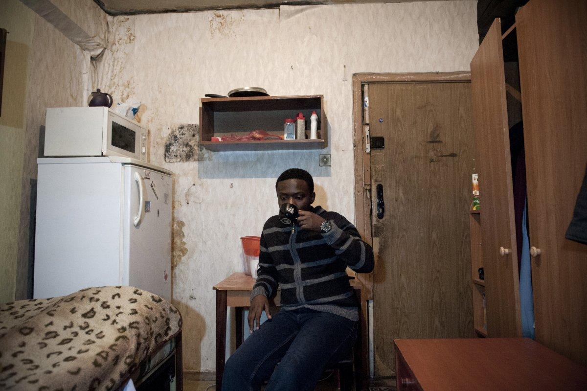 В женском общежитии фото