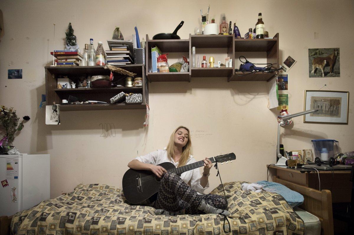 фото в общежитии девчата блокнотов
