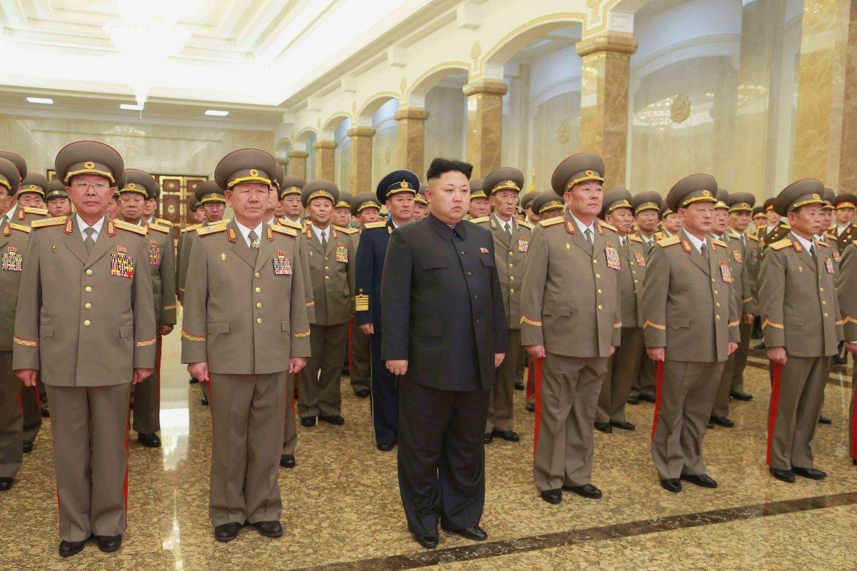 генералы северной кореи фото этому