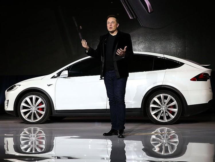 Tesla стоит поменьше думать о Model 3