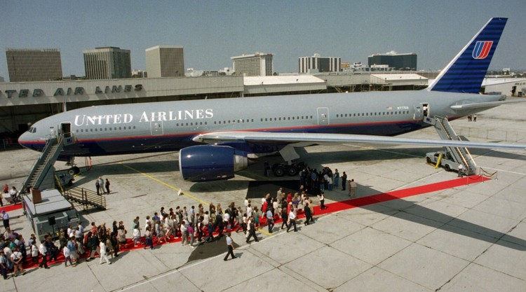 the history of boeing aircrafts